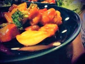 *揚げ鶏とタップリ野菜のチリソース炒め♪