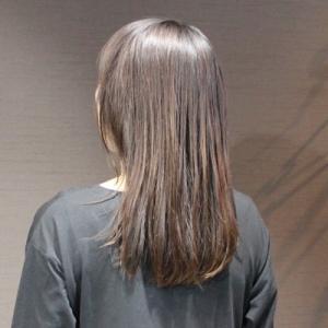 癖強めのやや傷んだ髪の縮毛矯正