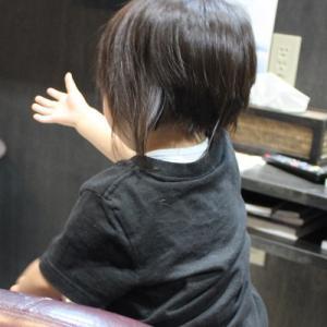 1歳半初めて美容院で赤ちゃん筆