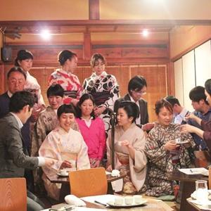 三味線や琵琶を、愉しく聞ける催しは、7月12日の祇園の宴です。