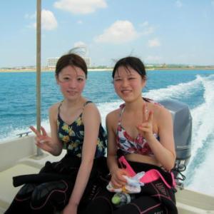 姉妹で水中世界へ ~糸満近海ボート体験ダイビング~