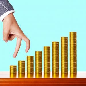 10-11-12システムに基づいて増配銘柄に投資する「年100回配当」投資術とは?
