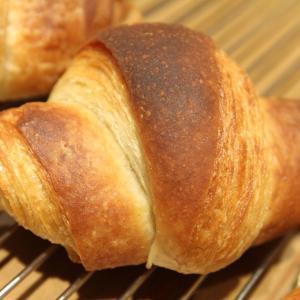 4月30日、5月1日は定休日です|てとてパン屋