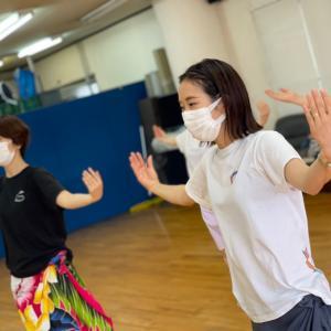 レッスン中はママが主役!【大阪・吹田市・江坂】フラ&タヒチアンダンス教室