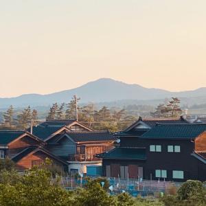 朝焼けの能登富士