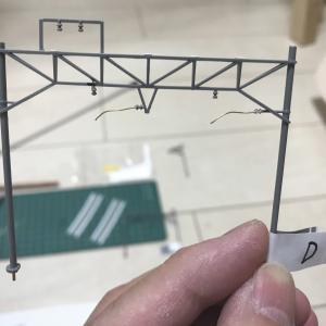 レイアウト製作 ~架線柱 可動ブラケットの設置~