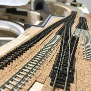 レイアウト製作 ~第1本線 Aブロック側中間駅の線路敷設(2)~