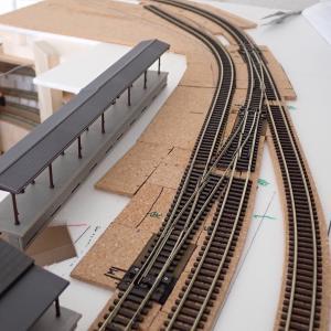 トンネル内壁追加とローカル駅構内ポイントの分岐角度チェック