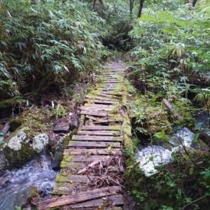 三斗小屋温泉に泊まって那須岳へ④
