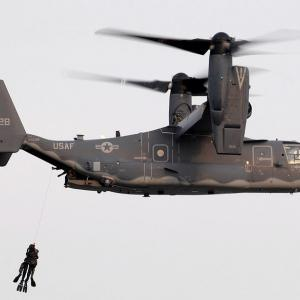在日アメリカ空軍横田基地にて CV-22オスプレイ用の新しいエプロンの起工式