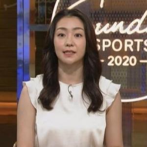 【サンデースポーツ】NHK副島萌生アナのムチムチノースリーブ二の腕・脇チラ!【横乳も‥】