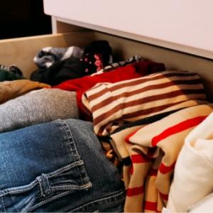 洗濯動線を考えた衣類の整理収納作業