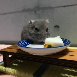食べてる時の体勢