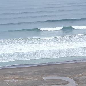 台風で私のサーフィンは中止でした