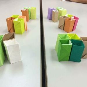 私は折り紙を触り続けるを習慣にしております。そしたらなぜか新しい形が生まれて来ます!