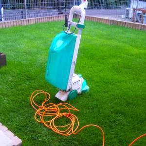 芝生の管理「今期14日回目の芝刈り」