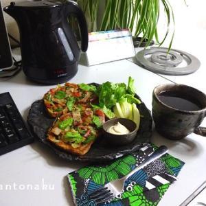 ★お食事テーブルと 大好き marimekko siirtolapuutarha