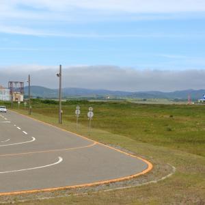 最も空港に近い自動車学校  B767  全日空(NH)
