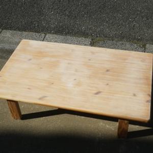 汚れて湾曲したテーブルの修理(2)