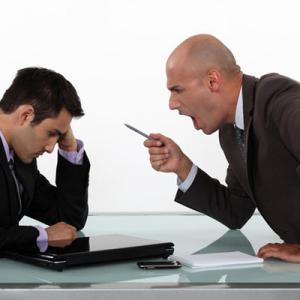ネットワークビジネス多くの人は口コミの勧誘が苦手で脱落!
