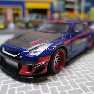 MINI GT 70 1/64 LB★WORKS Nissan GT-R 40th anniversary edition by INTERSPORT