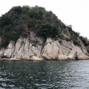 12月8日 奈佐美島 西のハナレでフカセ釣りをしました♪