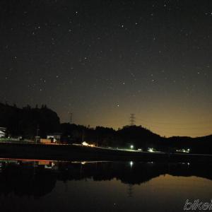田植え前の田んぼに写った星空を撮りに行ってみた