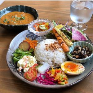 お酢 de cafe  kotohogi.(寿ぎ):毎週月曜日は「カレー曜日」。