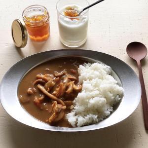 藤田鮮魚店:木曜限定「お魚屋さんのシーフードカレー」。