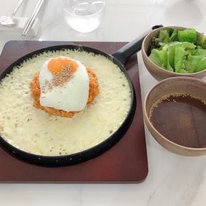 韓国料理 SOAr(ソア):「チーズマグマ鉄板ポックンパランチ」。