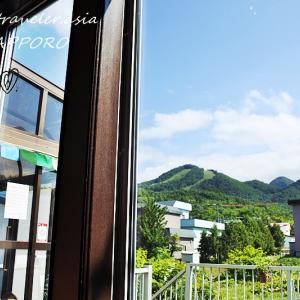"""【札幌・南区簾舞(みすまい)】アットホームなカフェで山を眺めながらホッと一息 """"虹のしっぽ ほっぺた館"""""""