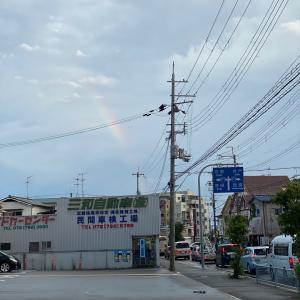 夕立ちの後の虹