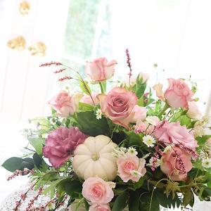 お花の教室は広い視野で交流できる場所でもありますね【フラワーアレンジメント教室 西宮市】