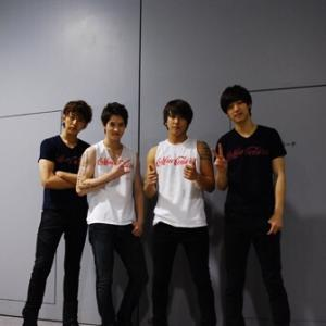 2012Come on tour CNBLUE