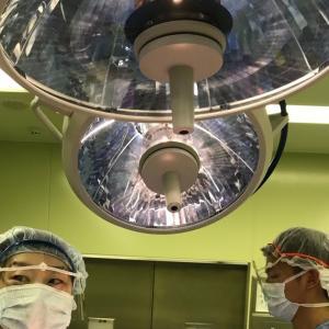 i川先生と気胸の手術