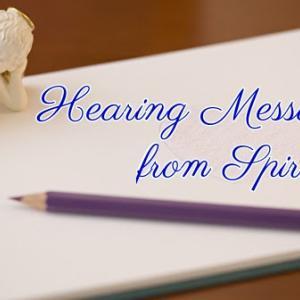 *スピリットからのメッセージを聞く(Hearing Messages from Spirit)*ゲートウェイオラクルカードより、今日のエンジェルメッセージ(Aug.3)