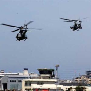 八尾空港ランウエー27エンター フォト散歩 米海兵隊ヘリコプター