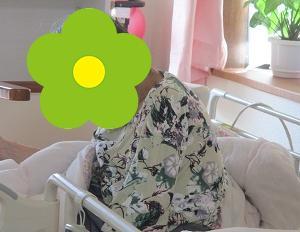 おばあさんは花柄がお好き?