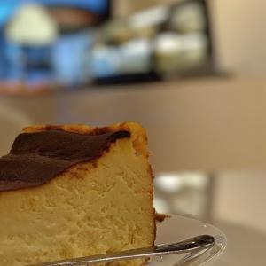 話題のバスクチーズケーキが食べられるバンクーバーのベーグルベーカリーカフェSmith's Bagelry 簡単レシピ付き