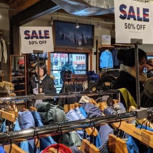 バンクーバーのパタゴニアが一番安い時期を考えてみた 2月はオンラインで50%offセール開始
