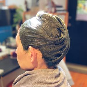 ロメオブルーのヘナは白髪を染めることだけが目的ではありません