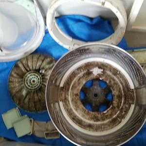 愛知県津島市 パナソニック製縦型洗濯機分解クリーニングを作業事例にUP
