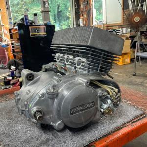 kH400エンジン