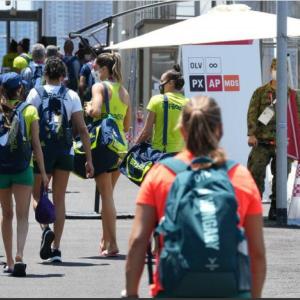 米国女子体操チームが選手村入り拒否 バブル方式崩壊で「組織委が弱腰すぎる」