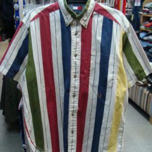 トミーヒルフィガー 半袖BDシャツ マルチストライプ (表記S・大きめ)