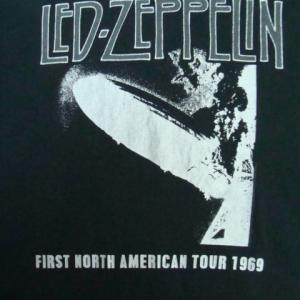 【難あり】 LED ZEPPELIN レッド・ツェッペリン 半袖Tシャツ 黒 (L・42/44)