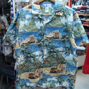 ハワイ製 RJC 海辺柄 コットン100% 開襟アロハシャツ (M)