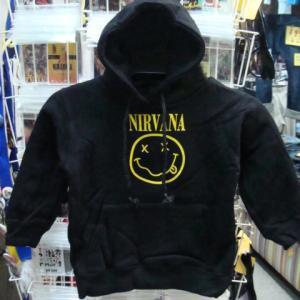 【子供用・未使用品】 NIRVANA ニルヴァーナ プルオーバー フードパーカー 黒 (1)