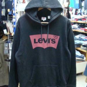 【使用感強め】 Levi's リーバイス プルオーバー フードパーカー 黒 (XL)