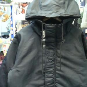 【未使用品】 FULL GLOW フルグロウ ナイロン 中綿ジャケット 黒 (L)